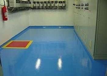 Resina epoxi para piso industrial